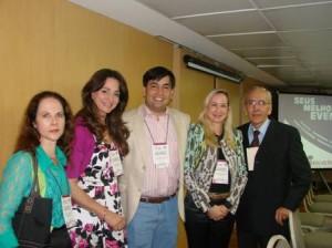 Dra. Lucia Martins Diniz (Chefe do SDHUCAM), Dra. Luciane Scattone (convidada especial de SP), Dr. Leonardo Mello Ferreira (Presidente SBDES), Dra. Maria Helena Lesqueves Sandoval ( Vice-presidente SBDES) e Dr. João Basilio Souza Filho ( Chefe do SDSCMV).